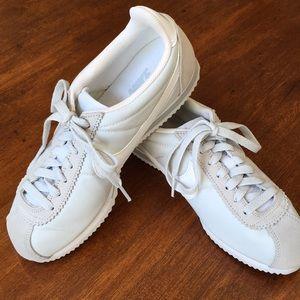 Nike Classic Cortez  White Sz 8